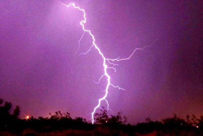 Знову на Вінниччині оголосили штормове попередження - жовтий рівень небезпеки