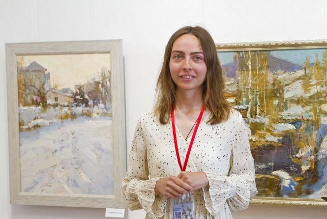 Подільські мотиви в одеському стилі: у художньому музеї відкрилася виставка художниці Злати Шишман (Новини компаній)
