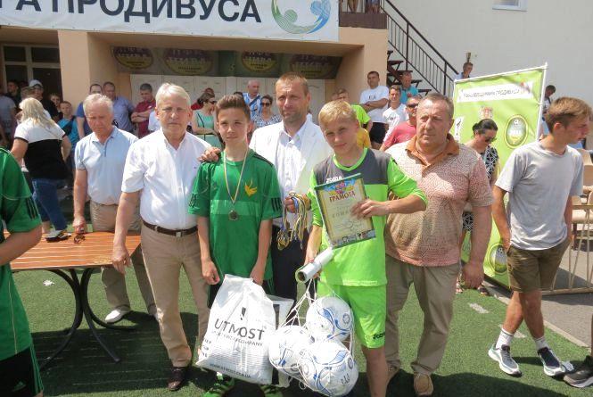Нагородили призерів обласної ДЮФЛ: основні призи здобули футболісти Вінниці