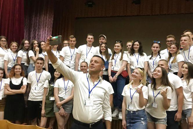 Сергій Кудлаєнко розповідав молоді про «секрети» сучасної політики (Прес-служба Сергія Кудлаєнка)