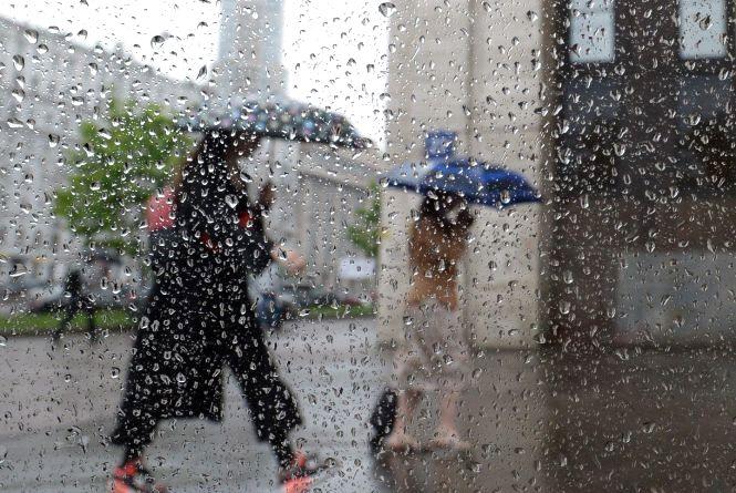 Спочатку дощі, потім похолодання: синоптики оновили прогноз
