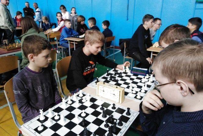 Вінницькі шахові «романтики» готуються підкорювати Могилів-Подільську «фортецю»