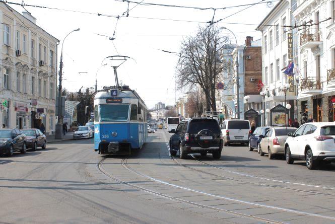 По Соборній три тижні не їздитимуть трамваї. Будуть робити нові колії
