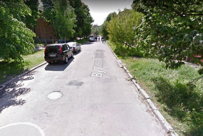 На місяць перекриють ділянку вулиці Героїв Крут. Чому та коли?