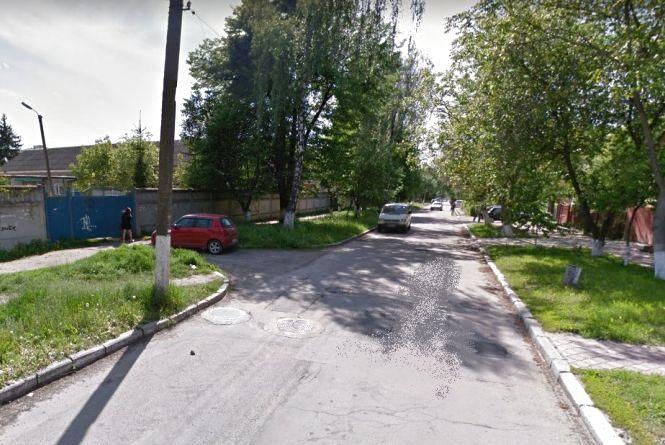 Ремонт на вулиці Героїв Крут: вінничан просять повідомляти про порушення