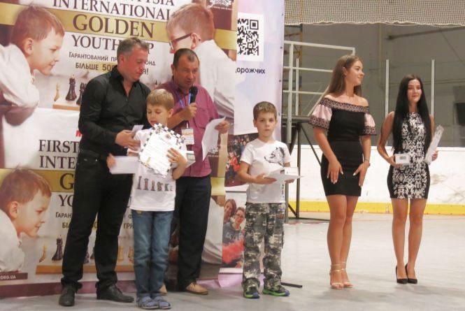 Вінничанин Микола Бубело став бронзовим призером наймасовішого шахового фестивалю в Україні «Золота молодь»
