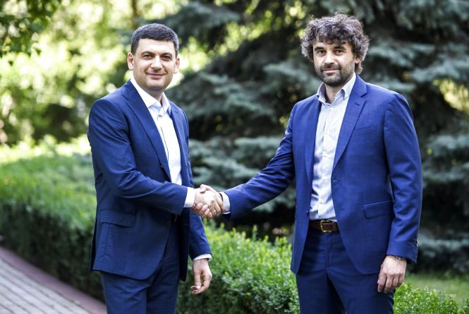 Володимир Гройсман закликає вінничан проголосувати за кандидата, якого він підтримує - Леоніда Марцинковського (Політична реклама)