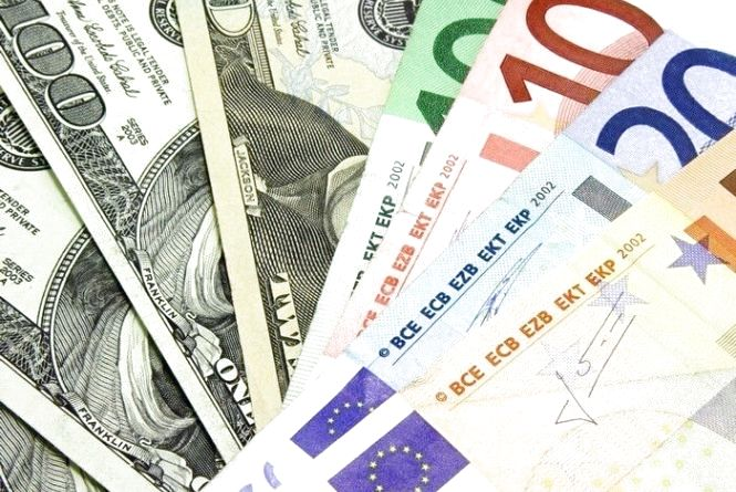 Курс валют НБУ на 24 липня. За скільки сьогодні продають долари та євро?