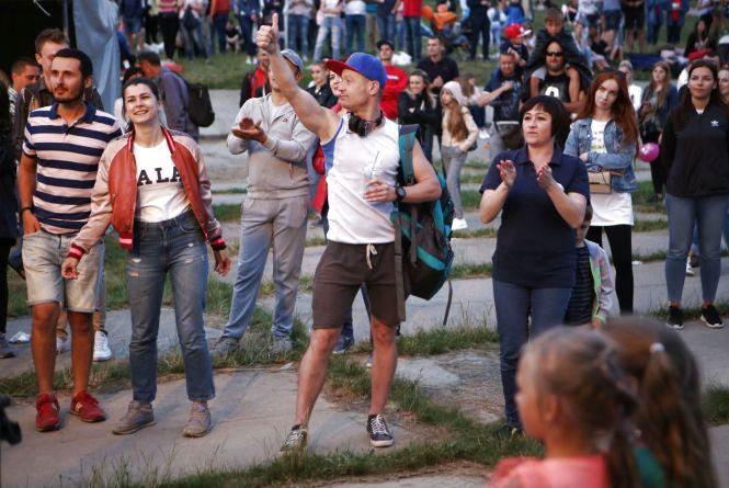 Концерт, фудкорти та дискотека: у Десні святкуватимуть день селища