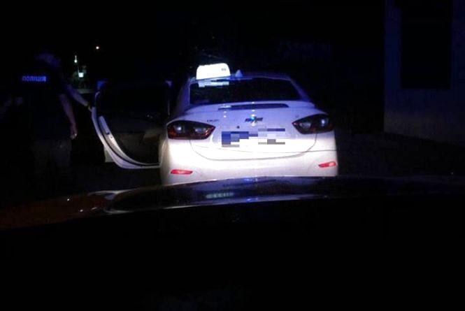 Вінничанин купив водійські права та під наркотиками гасав на Chevrolet