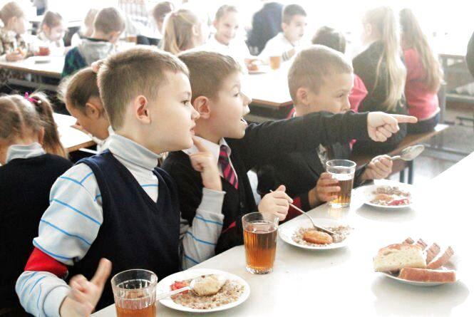 З 1 вересня зросте ціна харчування в школах і дитсадках