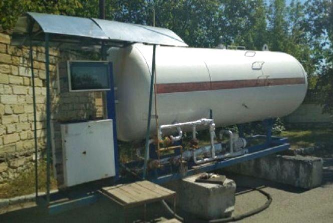 На Вінниччини виявили незаконну газову заправку, де було пального на 120 тисяч