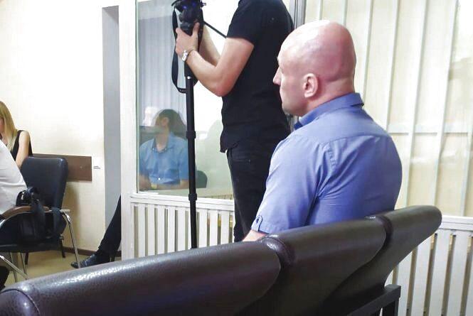 Справа загиблого Комарніцького: поліцейського відпустили під домашній арешт