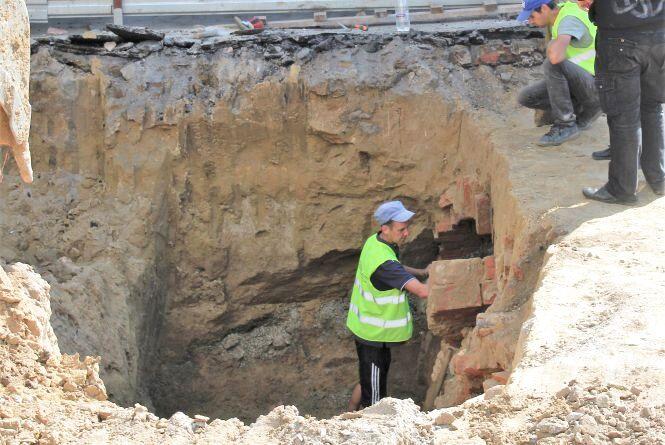 Підземні ходи біля гімназії №17 виявилися залишками підвалів