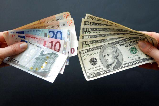 Курс валют НБУ на 8 вересня. За скільки сьогодні продають долари та євро?