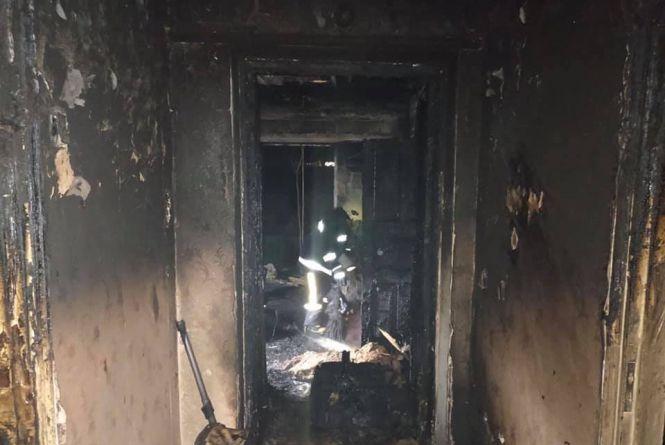 Пожежа у Тульчині: до лікарні потрапило четверо людей, серед потерпілих діти