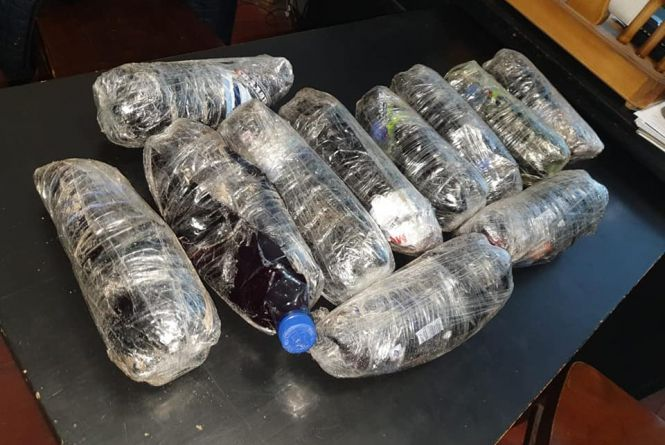 Засудженому вінницької колонії перекинули одинадцять літрів алкоголю