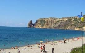 МОЗ забороняє українцям купатися в Чорному і Азовському морях. Карта