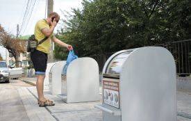 У Вінниці встановили перші підземні сміттєві контейнери. Як це працює?