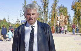«Над воїном схилилась Богоматір» - У Жмеринці відкрили два пам'ятники Захисникам України