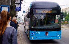 Транспортні петиції: встановити Wi-Fi на зупинках, оновити розклад та перевірити світлофори