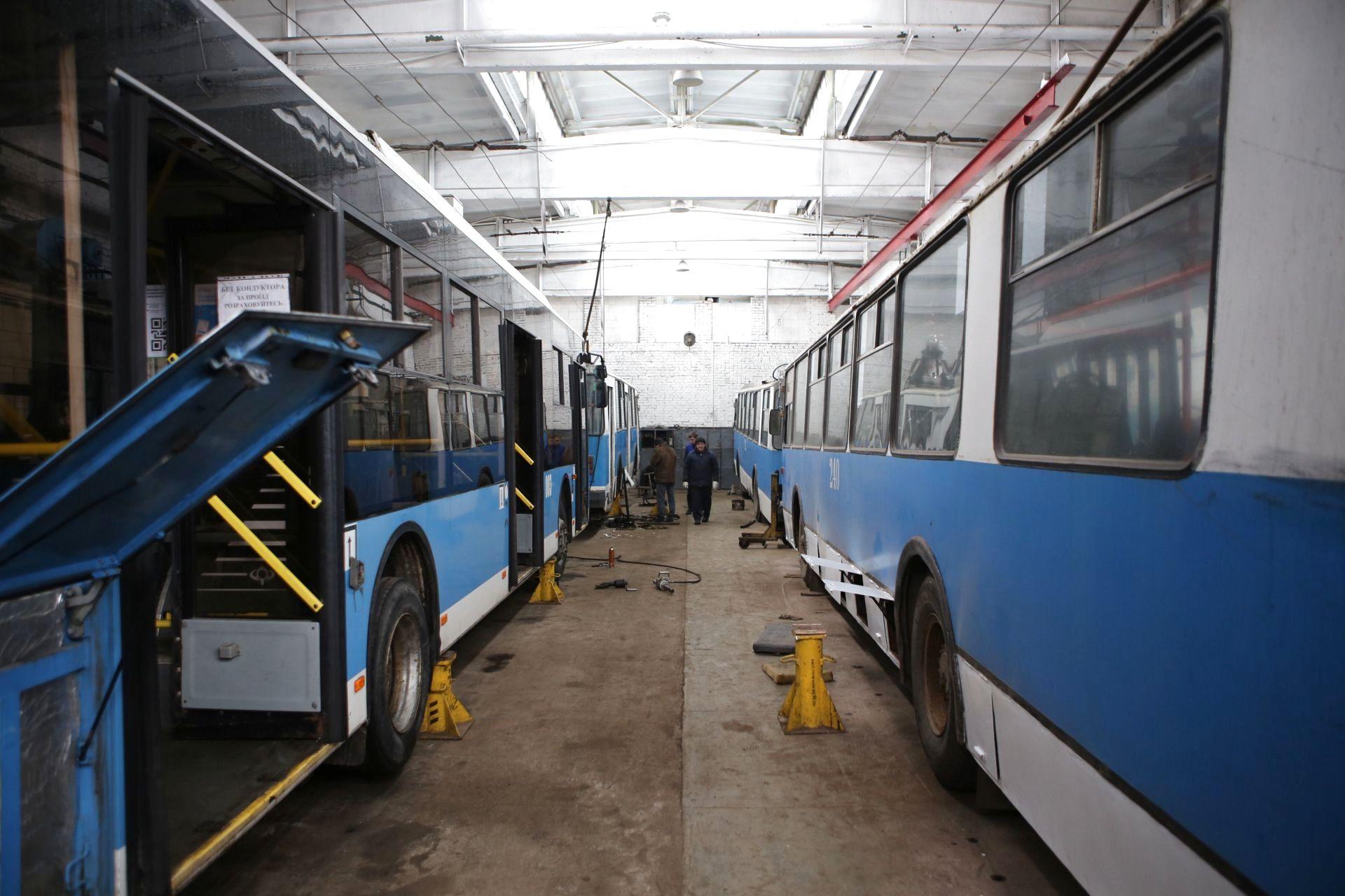 69db6eadb0cb8b Чому тролейбус був таємним і куди поділися «гармошки» : 18:02:2019 ...