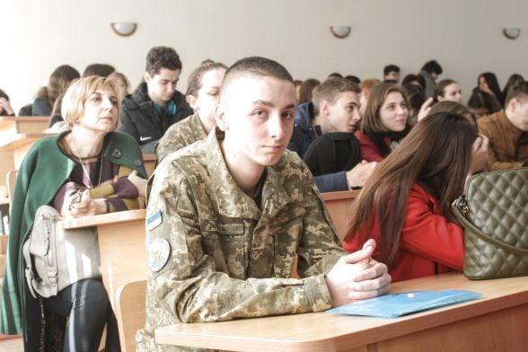 Курсант Артур Лозівський