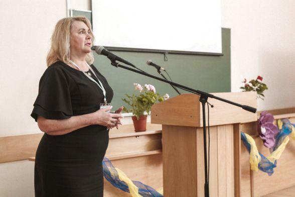 Ректор університету Наталія Лазаренко подякувала учасникам за присутність та побажала вдачі