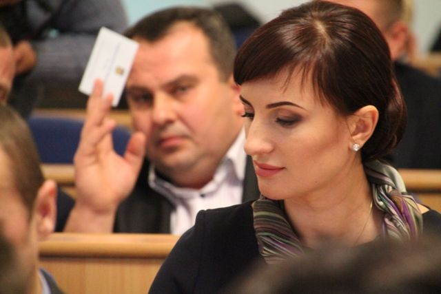 дружина депутата міської ради горя Ткачука Людмила Станіславенко