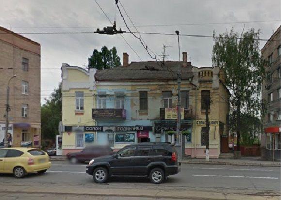 «Прибутковий будинок з магазином» по Соборній, 95