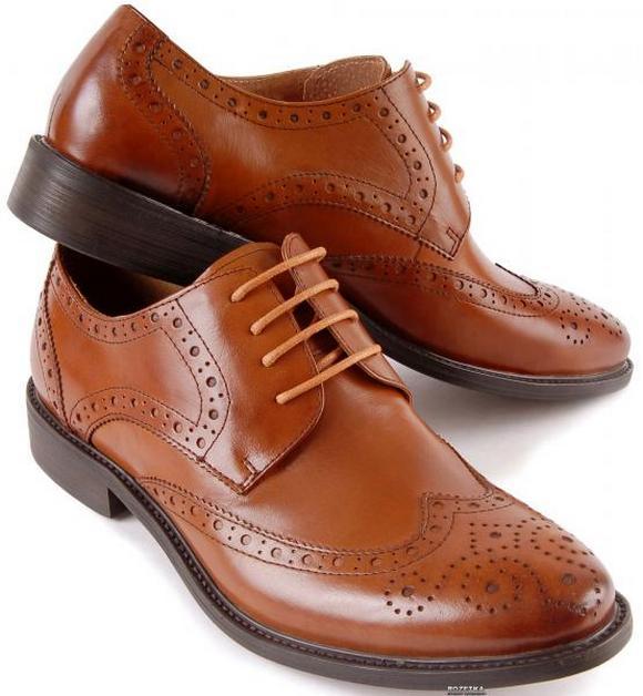 21d96f86402f71 Різні види класичного чоловічого взуття можна придбати у  інтернет-магазиніSniker.ua, адже тільки там Вам представлять найширший  асортимент класичних туфель ...